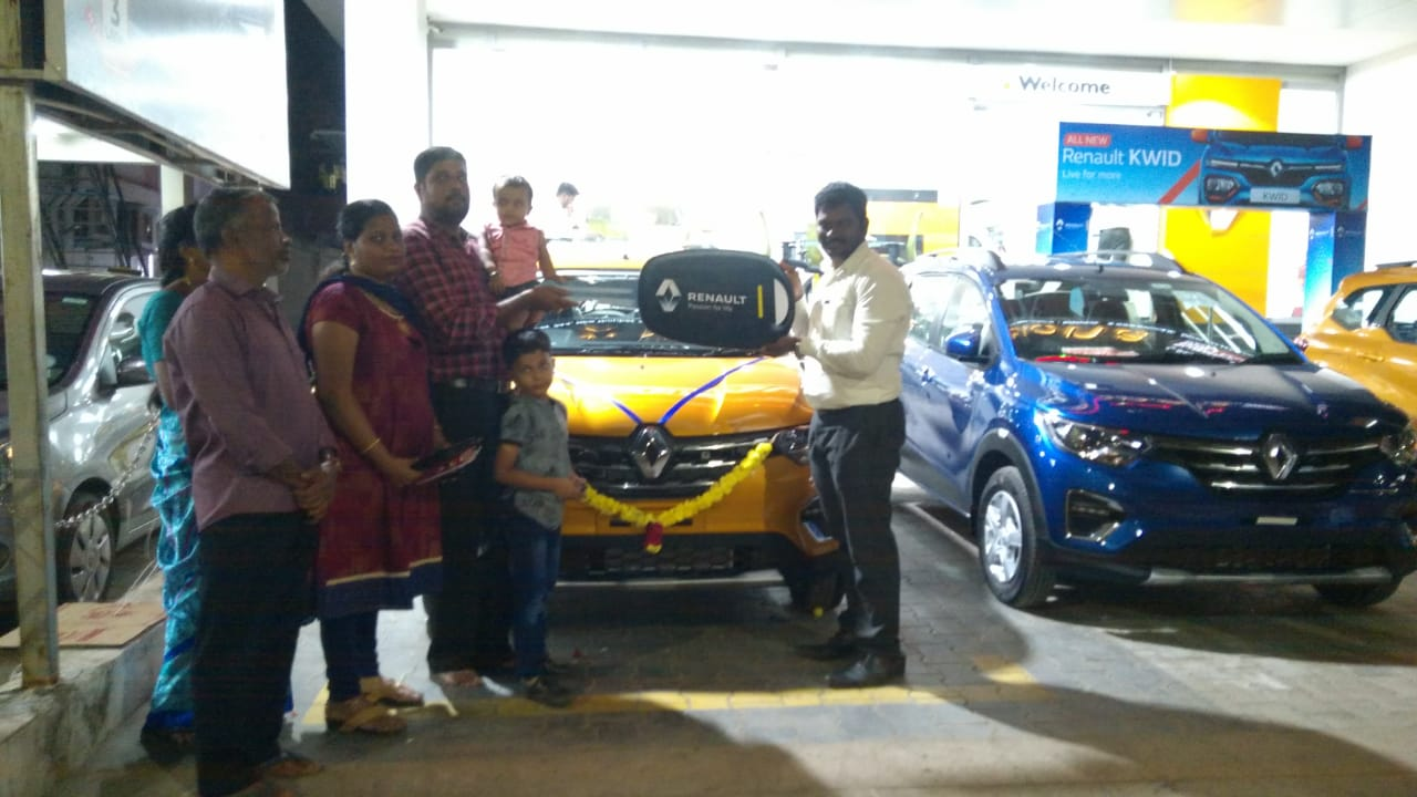 Renault Triber Reviews